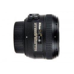 Nikon 50mm f/1,4D